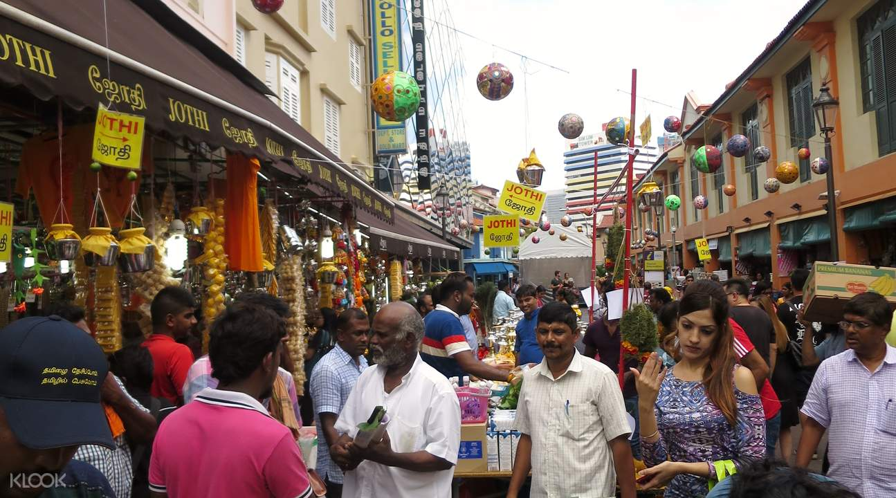 Singaporean Tamil feel alienated by influx of Indians from India